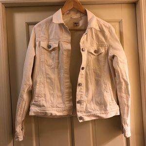 GAP white denim jacket sz M